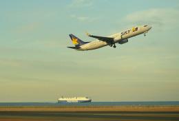 mojioさんが、中部国際空港で撮影したスカイマーク 737-8ALの航空フォト(飛行機 写真・画像)