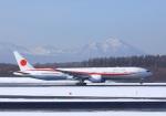 garrettさんが、新千歳空港で撮影した航空自衛隊 777-3SB/ERの航空フォト(飛行機 写真・画像)
