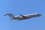rokko2000さんが、成田国際空港で撮影したアル・モジル・アヴィエーション EMB-135BJ Legacyの航空フォト(飛行機 写真・画像)