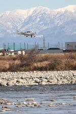 イソロクガトブさんが、富山空港で撮影した日本個人所有 A36 Bonanza 36の航空フォト(飛行機 写真・画像)