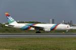 Gambardierさんが、伊丹空港で撮影した日本エアシステム 777-289の航空フォト(飛行機 写真・画像)