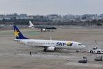 ワイエスさんが、福岡空港で撮影したスカイマーク 737-8FZの航空フォト(飛行機 写真・画像)