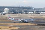 ilv583さんが、羽田空港で撮影した日本航空 A350-941の航空フォト(飛行機 写真・画像)