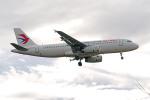 apphgさんが、静岡空港で撮影した中国東方航空 A320-232の航空フォト(飛行機 写真・画像)