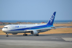 TulipTristar 777さんが、松山空港で撮影した全日空 767-381/ERの航空フォト(飛行機 写真・画像)