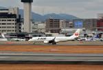 カッチーさんが、伊丹空港で撮影したジェイ・エア ERJ-190-100(ERJ-190STD)の航空フォト(飛行機 写真・画像)