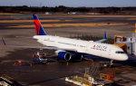 KAZKAZさんが、成田国際空港で撮影したデルタ航空 757-26Dの航空フォト(飛行機 写真・画像)