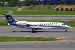 いおりさんが、成田国際空港で撮影した華龍航空 EMB-135BJ Legacy 650の航空フォト(飛行機 写真・画像)