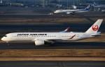 鉄バスさんが、羽田空港で撮影した日本航空 A350-941の航空フォト(飛行機 写真・画像)
