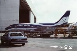 tassさんが、マイアミ国際空港で撮影したサーシャ 737-2P6/Advの航空フォト(飛行機 写真・画像)