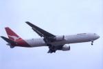 kumagorouさんが、成田国際空港で撮影したカンタス航空 767-338/ERの航空フォト(飛行機 写真・画像)
