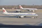 KKiSMさんが、北京首都国際空港で撮影した中国国際航空 A321-271Nの航空フォト(飛行機 写真・画像)