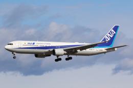 やまけんさんが、仙台空港で撮影した全日空 767-381/ERの航空フォト(飛行機 写真・画像)