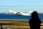 まいけるさんが、羽田空港で撮影した日本航空 777-246の航空フォト(飛行機 写真・画像)