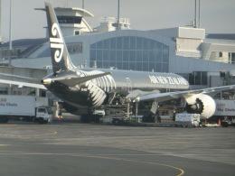 ヒロリンさんが、オークランド空港で撮影したニュージーランド航空 787-9の航空フォト(飛行機 写真・画像)