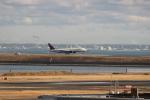 uhfxさんが、羽田空港で撮影したデルタ航空 777-232/ERの航空フォト(飛行機 写真・画像)