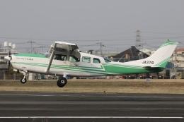 Hii82さんが、八尾空港で撮影したアドバンス・エア・スポーツ T207A Turbo Stationair 7の航空フォト(飛行機 写真・画像)