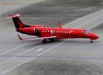 VICTER8929さんが、羽田空港で撮影したスパークル・ロール・ジェット EMB-135BJ Legacyの航空フォト(飛行機 写真・画像)