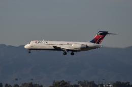 nontan8さんが、ロサンゼルス国際空港で撮影したデルタ航空 717-2BDの航空フォト(飛行機 写真・画像)