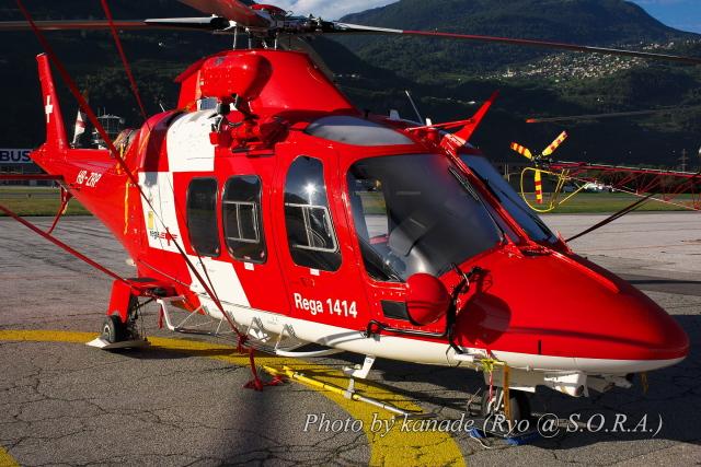kanade/Ryo@S.O.R.A.さんが、シオン空港で撮影したREGA スイスエア-アンビュランス AW109SP GrandNewの航空フォト(飛行機 写真・画像)