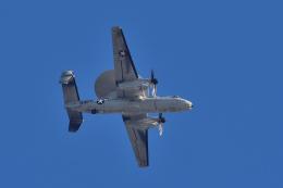 NFファンさんが、厚木飛行場で撮影したアメリカ海軍 E-2D Advanced Hawkeyeの航空フォト(飛行機 写真・画像)