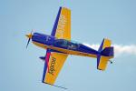 ちゃぽんさんが、岩国空港で撮影したWPコンペティション・アエロバティック・チーム EA-300Lの航空フォト(飛行機 写真・画像)