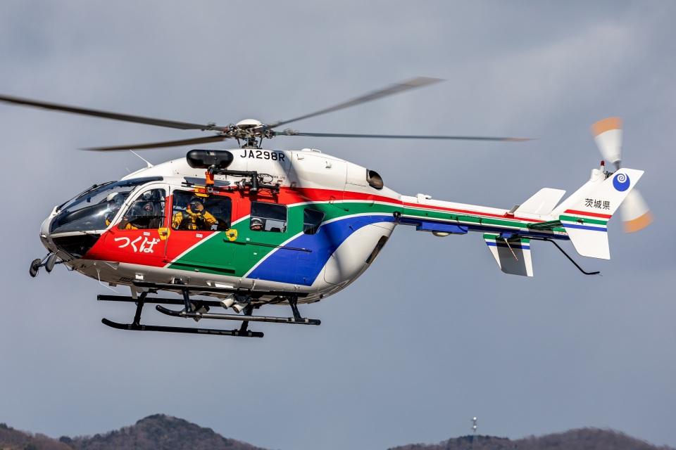T spotterさんの茨城県防災航空隊 Kawasaki BK117 (JA298R) 航空フォト