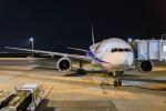 あっくんkczさんが、羽田空港で撮影した全日空 777-281の航空フォト(飛行機 写真・画像)