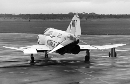 A-330さんが、三沢飛行場で撮影したアメリカ海兵隊 F-4J Phantom IIの航空フォト(飛行機 写真・画像)