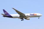 エアさんが、成田国際空港で撮影したフェデックス・エクスプレス 777-FS2の航空フォト(飛行機 写真・画像)