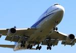 ふじいあきらさんが、福岡空港で撮影した全日空 747-481(D)の航空フォト(写真)