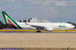 Chofu Spotter Ariaさんが、成田国際空港で撮影したアリタリア航空 A330-202の航空フォト(飛行機 写真・画像)