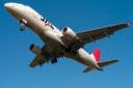 たかしさんが、伊丹空港で撮影したジェイ・エア ERJ-170-100 (ERJ-170STD)の航空フォト(飛行機 写真・画像)