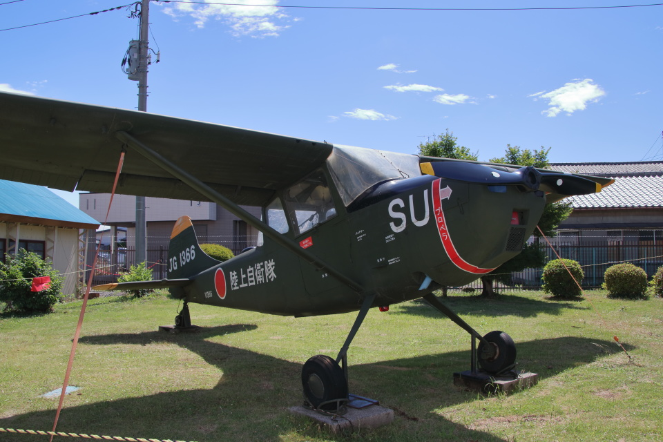 石鎚さんの陸上自衛隊 Fuji L-19 Bird Dog (11366) 航空フォト