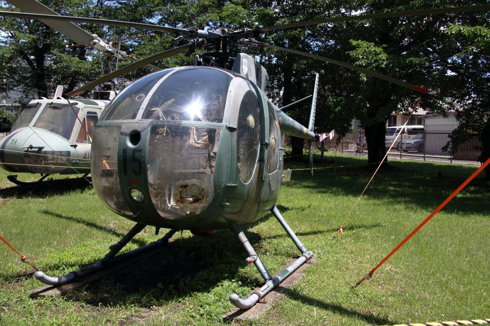 石鎚さんの陸上自衛隊 Kawasaki OH-6J (31115) 航空フォト
