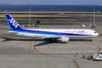 キイロイトリさんが、羽田空港で撮影した全日空 767-381の航空フォト(飛行機 写真・画像)