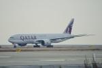 kurubouzuさんが、関西国際空港で撮影したカタール航空カーゴ 777-FDZの航空フォト(飛行機 写真・画像)