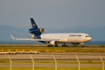 ふくそうじさんが、関西国際空港で撮影したルフトハンザ・カーゴ MD-11Fの航空フォト(飛行機 写真・画像)