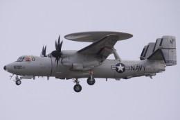 Mr.boneさんが、嘉手納飛行場で撮影したアメリカ海軍 E-2D Advanced Hawkeyeの航空フォト(飛行機 写真・画像)