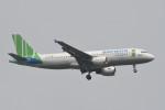 kuro2059さんが、ノイバイ国際空港で撮影したバンブー・エアウェイズ A320-214の航空フォト(飛行機 写真・画像)