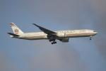 OMAさんが、シンガポール・チャンギ国際空港で撮影したエティハド航空 777-3FX/ERの航空フォト(飛行機 写真・画像)