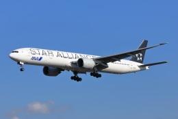 garrettさんが、成田国際空港で撮影した全日空 777-381/ERの航空フォト(飛行機 写真・画像)