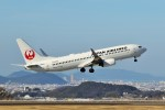 left eyeさんが、高松空港で撮影した日本航空 737-846の航空フォト(飛行機 写真・画像)