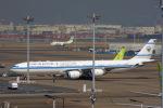 KAZKAZさんが、羽田空港で撮影したクウェート政府 A340-542の航空フォト(飛行機 写真・画像)