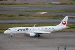 ゆーすきんさんが、羽田空港で撮影したジェイ・エア ERJ-190-100(ERJ-190STD)の航空フォト(飛行機 写真・画像)