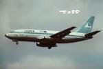 tassさんが、ロンドン・ヒースロー空港で撮影したルクスエア 737-229/Advの航空フォト(飛行機 写真・画像)