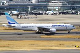 シロクマパパさんが、羽田空港で撮影したユーロアトランティック・エアウェイズ 777-212/ERの航空フォト(飛行機 写真・画像)