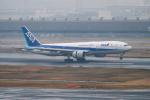 はやたいさんが、羽田空港で撮影した全日空 777-281/ERの航空フォト(飛行機 写真・画像)
