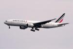 レドームさんが、羽田空港で撮影したエールフランス航空 777-228/ERの航空フォト(飛行機 写真・画像)