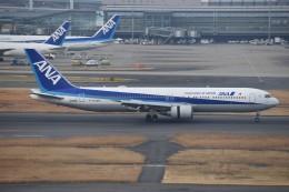 しめぎさんが、羽田空港で撮影した全日空 767-381/ERの航空フォト(飛行機 写真・画像)